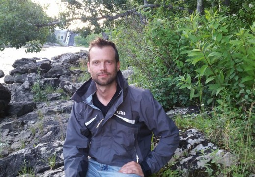 Library poetry reading to feature Chris Buczko